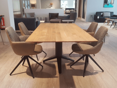 שולחן דגם CARVE BERT PLANTAGIE