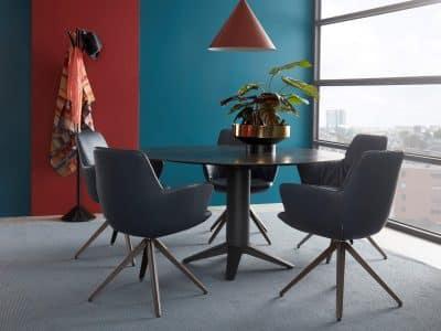 שולחן דגם CARVE ROUND BERT PLANTAGIE